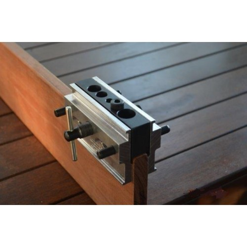 Self-centering Dowelling Jig (Model 1500)