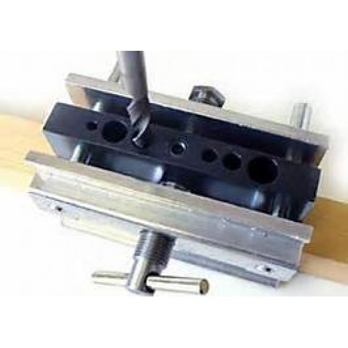 Self-centering Dowelling Jig (Model 1000)